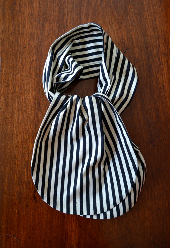 striped cravat.jpg