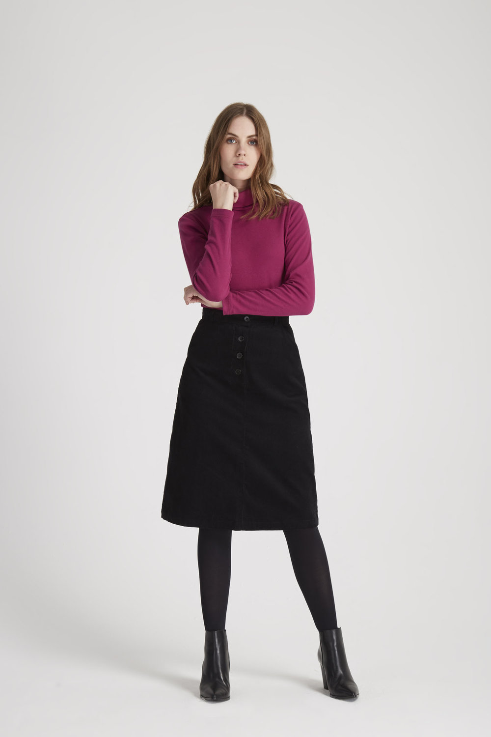 uma-corduroy-skirt--in-black-77584bf89810.jpg