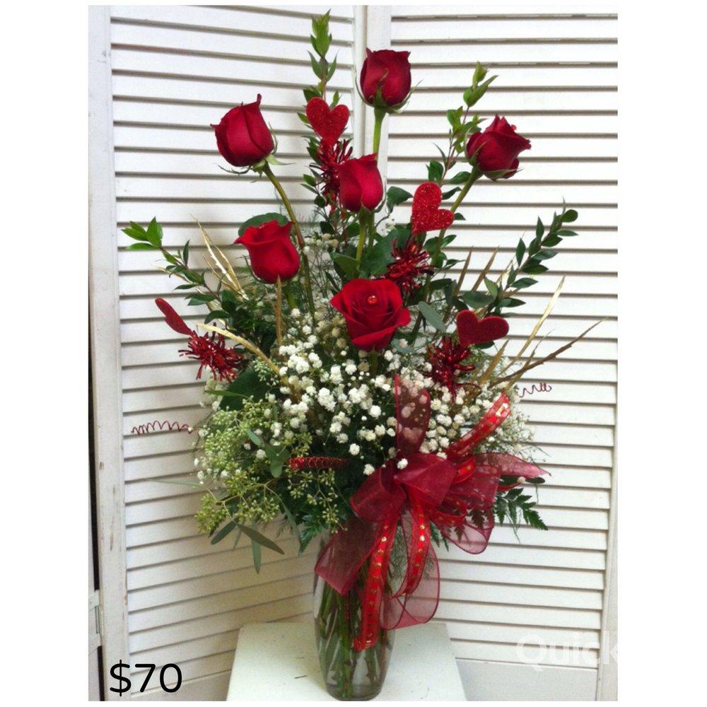Deluxe Half Dozen Roses
