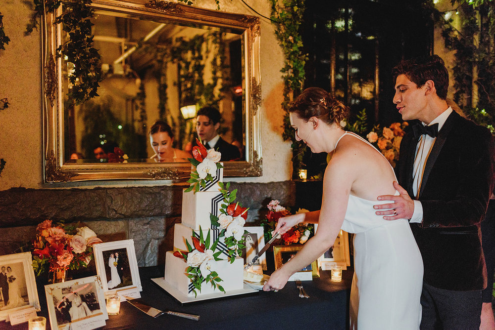 Keepsake Events Vancouver M&H Brix Wedding Reception Cake