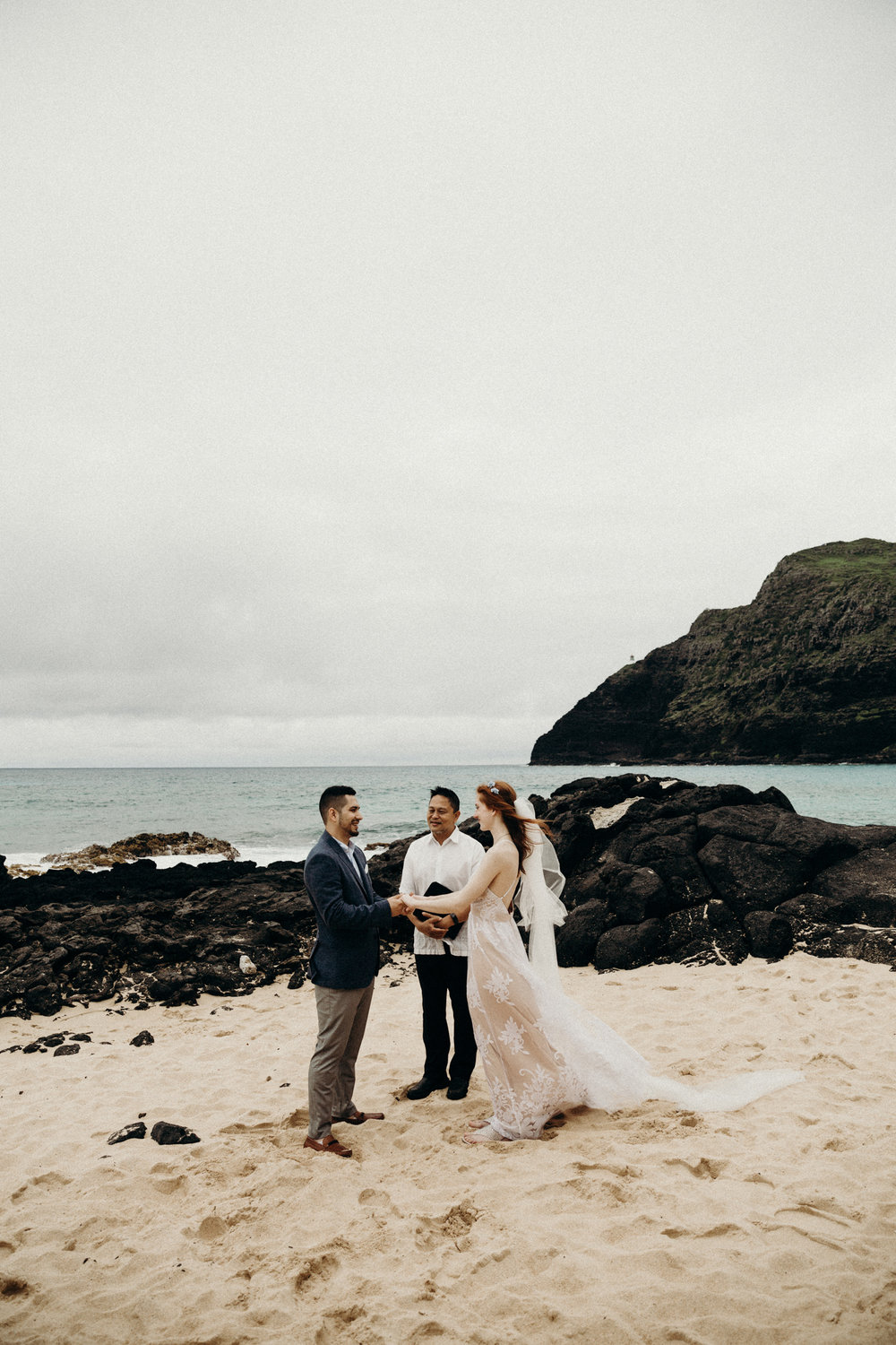 hawaii-wedding-photographer-keani-bakula-5.jpg