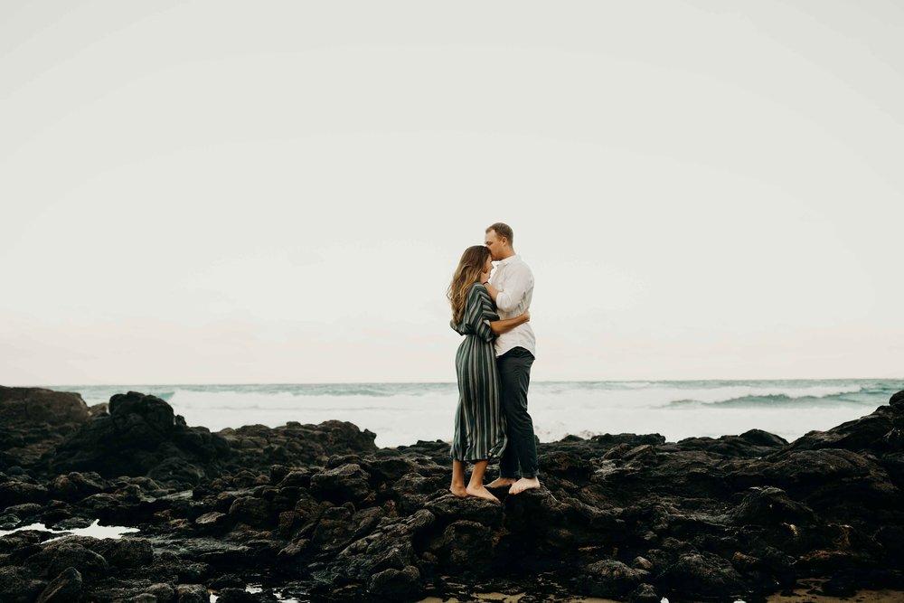 hawaii-engagement-photographer-keani-bakula-makapuu-beach-11.jpg