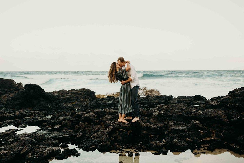 hawaii-engagement-photographer-keani-bakula-makapuu-beach-12.jpg