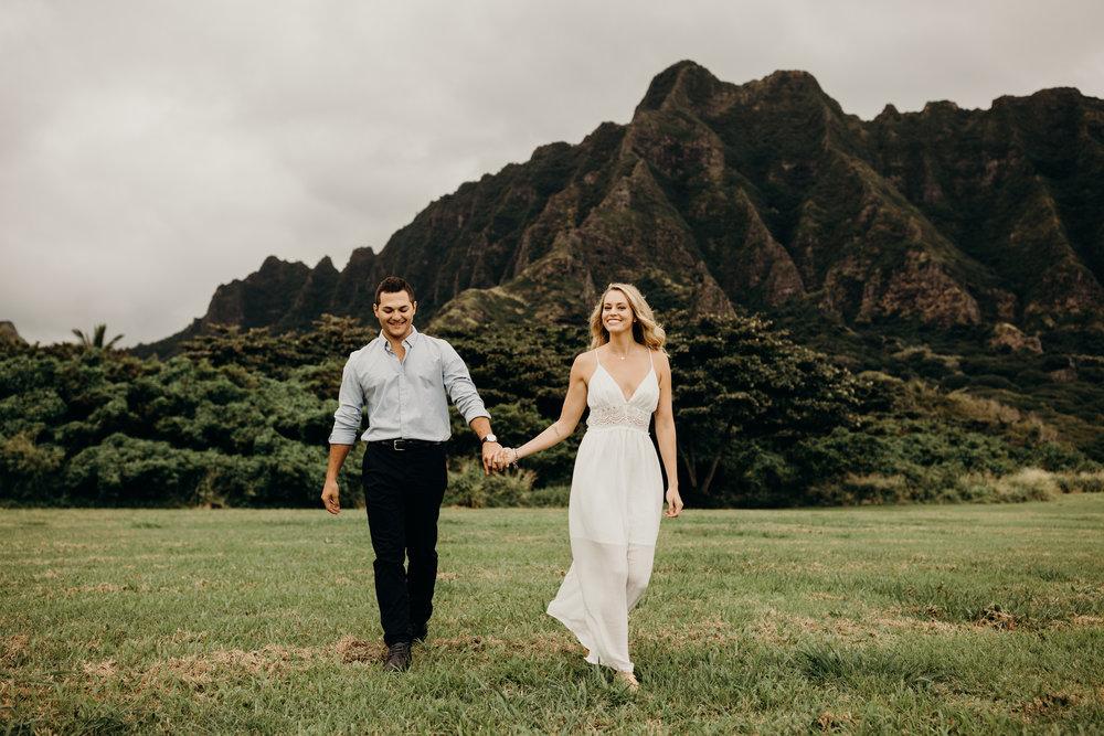 hawaii-engagement-photographer-keani-bakula-kualoa-ranch-4.jpg