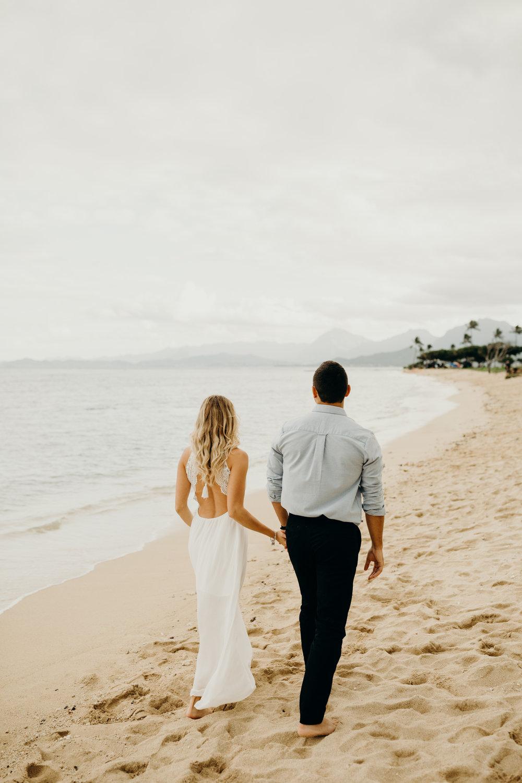 hawaii-engagement-photographer-keani-bakula-kualoa-ranch-9.jpg