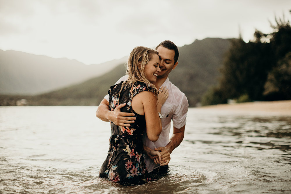 hawaii-engagement-photographer-keani-bakula-kualoa-ranch-32.jpg