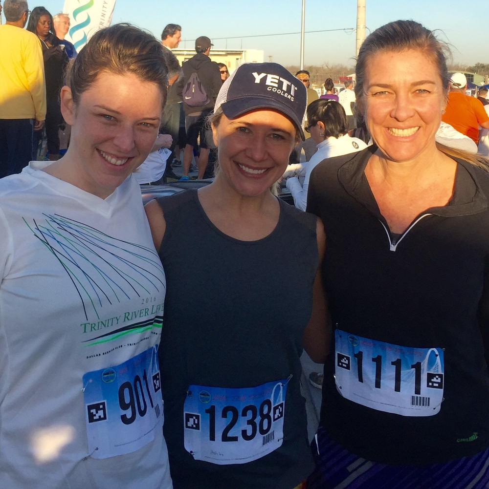 With pace group members Jennifer and Ashley C pre-warm up.