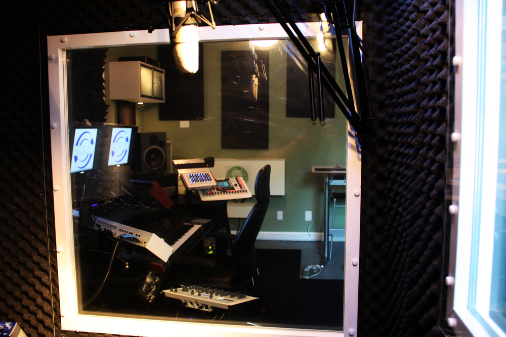Vocal booth 5.jpg