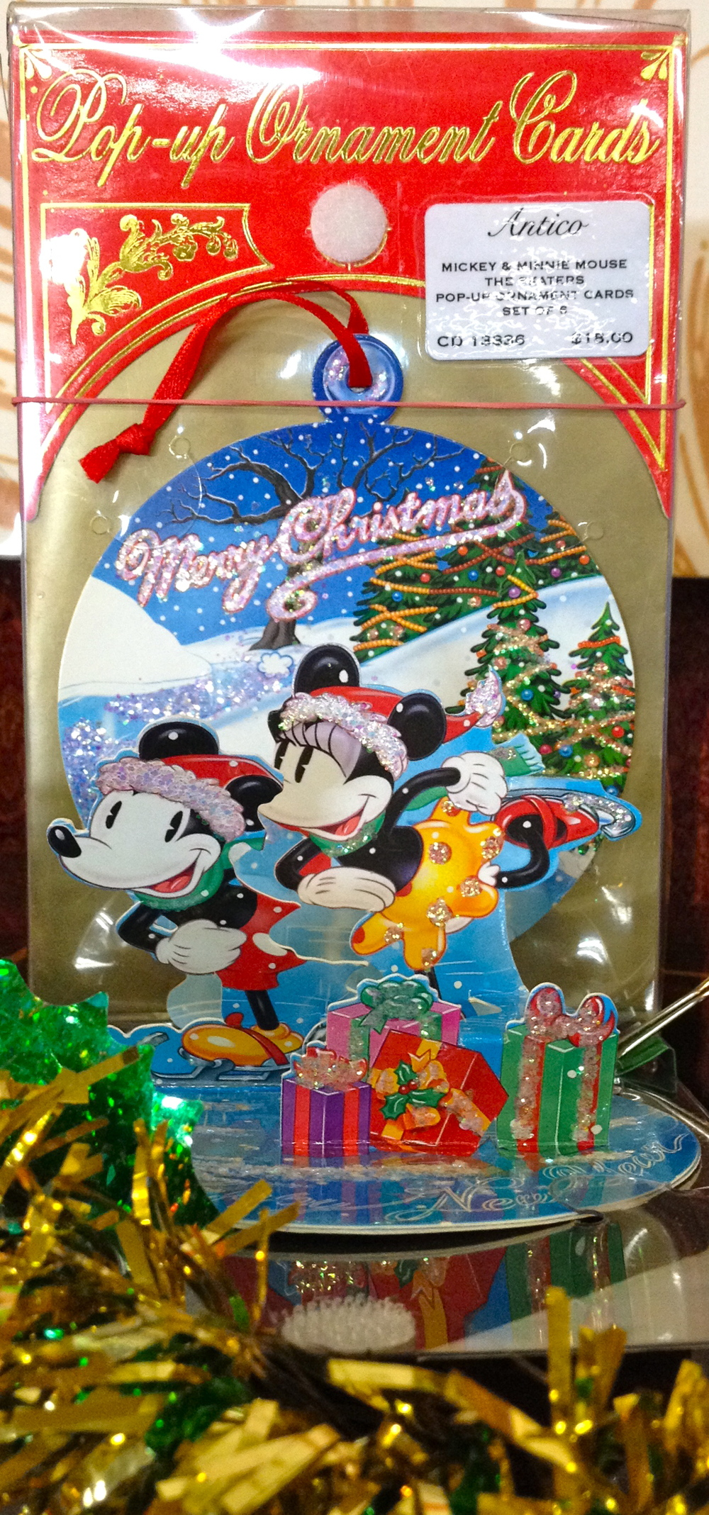 Mickey Minnie Christmas.jpg