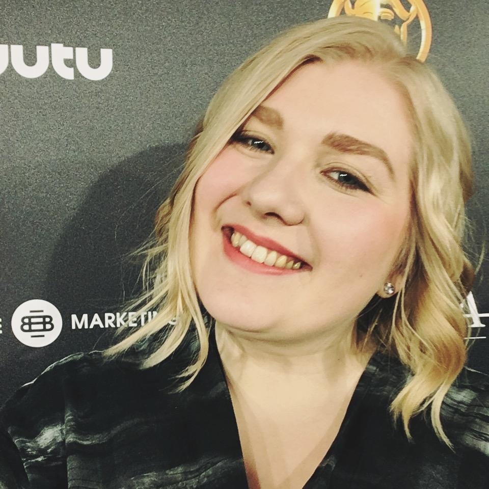 TITTA NEVALA  Office Manager  titta@kent.fi    / 050 572 0723   Titta Nevala  hoitaa yhtiön taloutta, hallinnoi julkaisuprosesseja ja avustaa artistien promootiossa sekä tiedottamisessa osana promotiimiä.