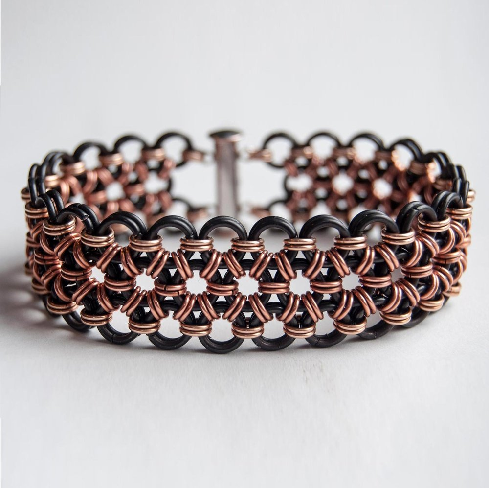 maille jewelry, handmade in traditional weaves by Paulapart