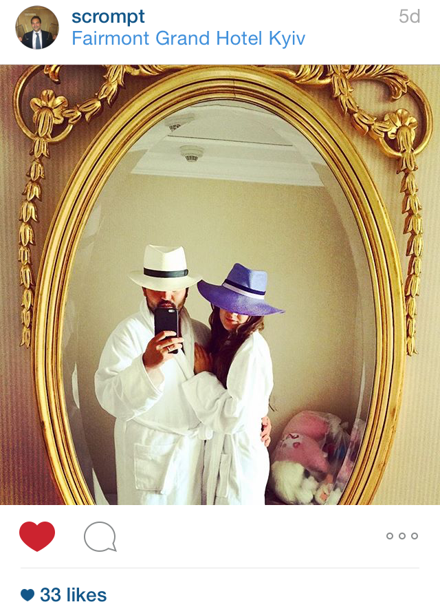 Mr & Mrs Crompton in their bespoke City Milliner Panama hats