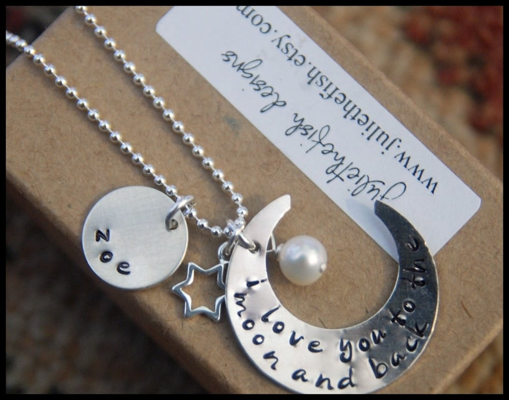 tips-on-how-to-make-hand-stamped-jewelry.jpg