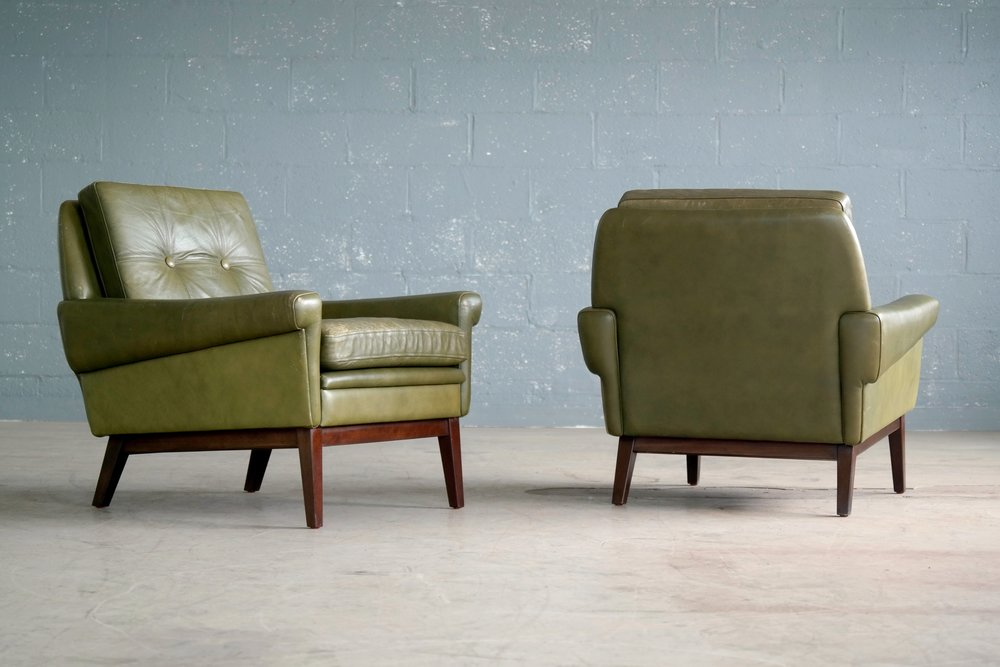 Svend Skipper Pair of Lounge Chairs in Green Leather