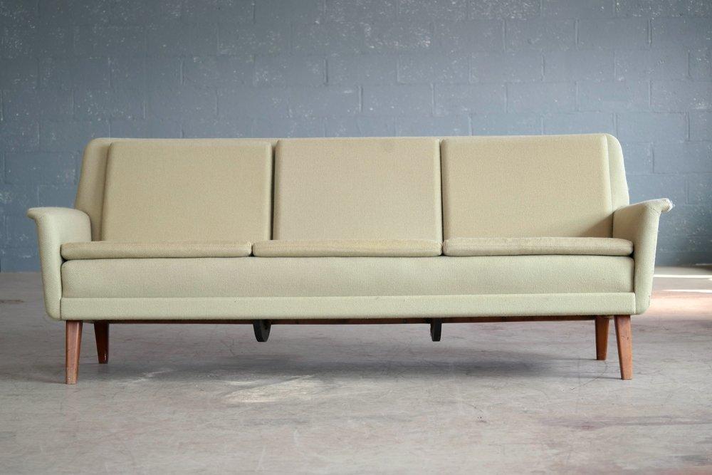 3-seat sofa designed by Folke Ohlsson for Fritz Hansen