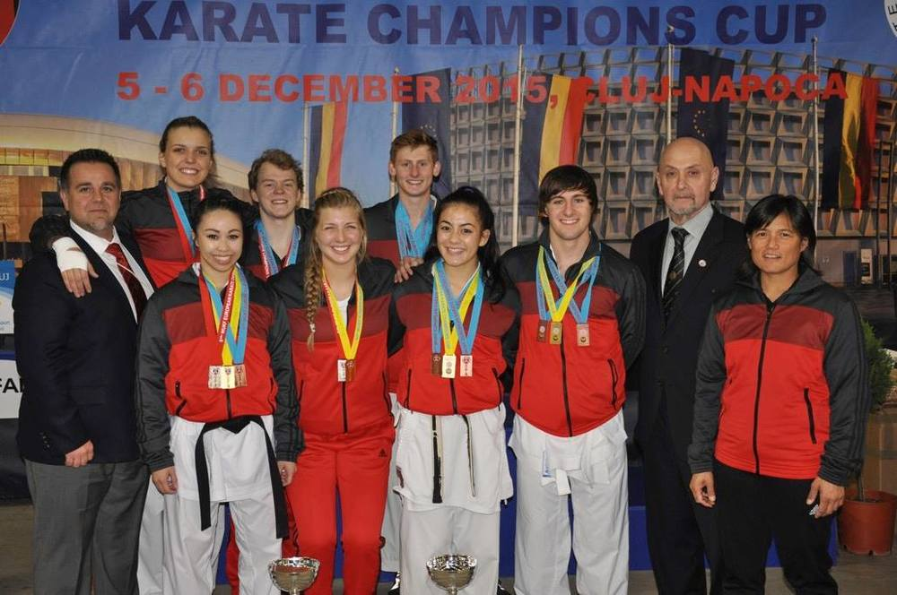 2015 AAU USA karate team whole delegation.jpg