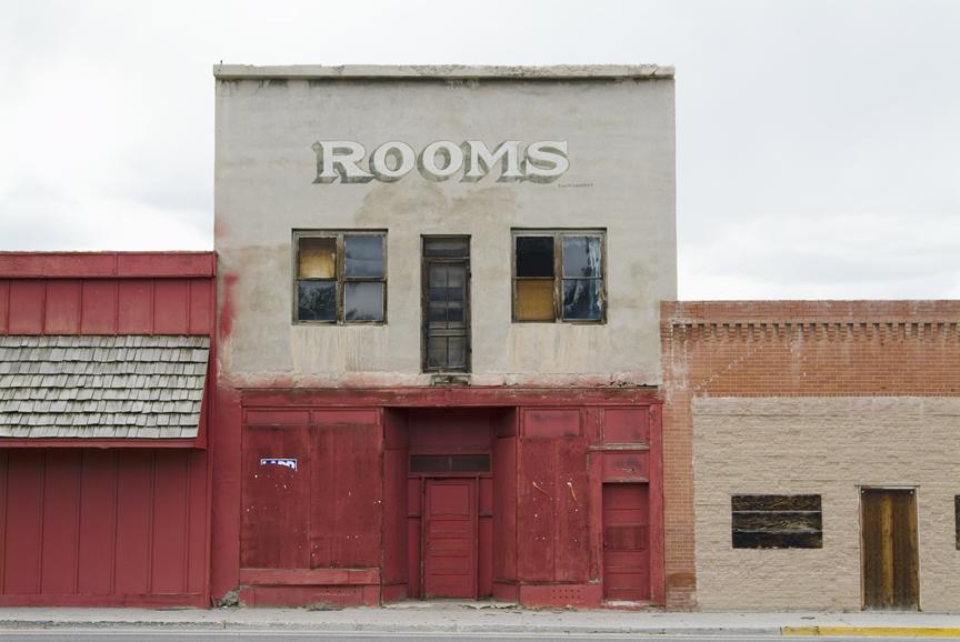 room_hori.jpg