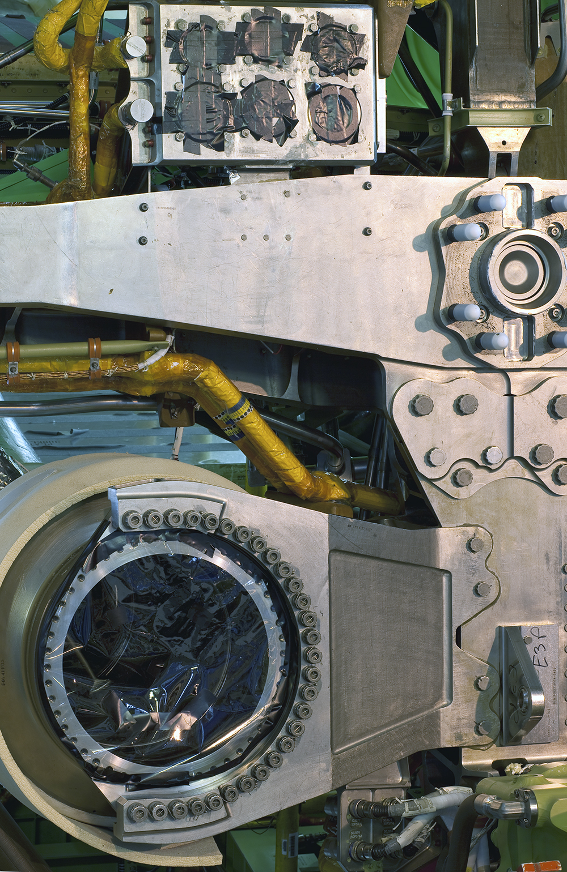 Atlantis Main Engine mount copy.jpg