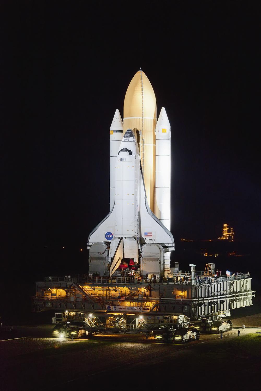 Atlantis STS 135 rollout copy.jpg