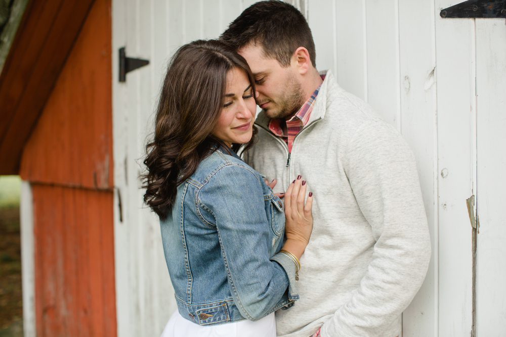 Rustic PA Engagement Session Jordan DeNike_JDP-14.jpg