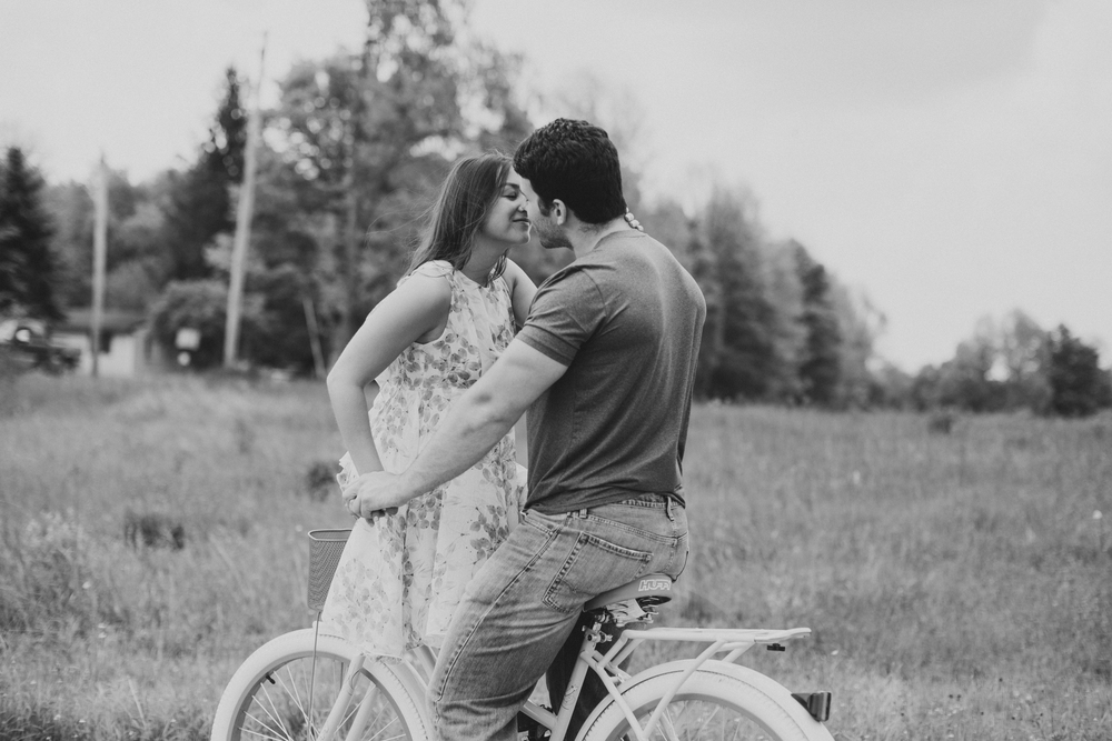 Scranton PA Rustic Romantic Engagement Session Photographers Jordan DeNike_JDP-41.jpg