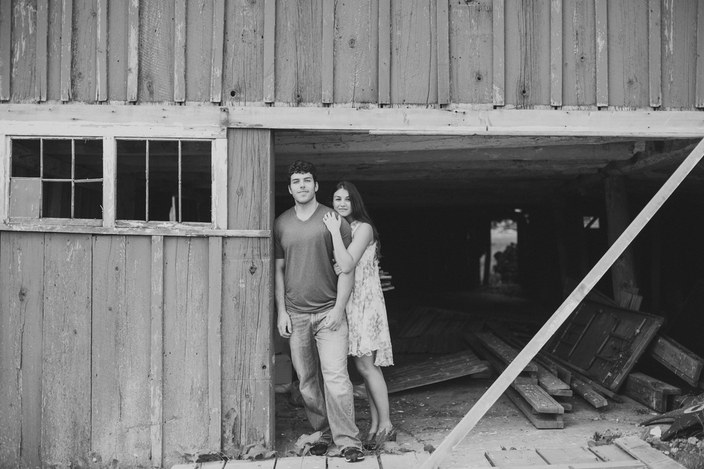 Scranton PA Rustic Romantic Engagement Session Photographers Jordan DeNike_JDP-68.jpg