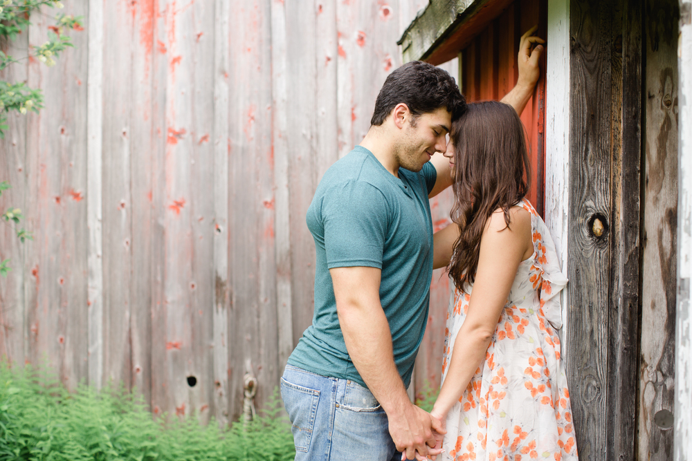 Scranton PA Rustic Romantic Engagement Session Photographers Jordan DeNike_JDP-96.jpg