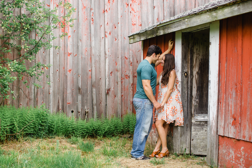 Scranton PA Rustic Romantic Engagement Session Photographers Jordan DeNike_JDP-95.jpg