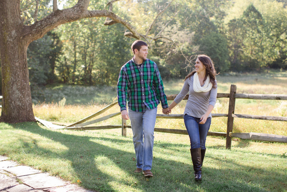 Valley Forge National Park Philly Scranton PA Fall Engagement Session Photos_JDP-1.jpg