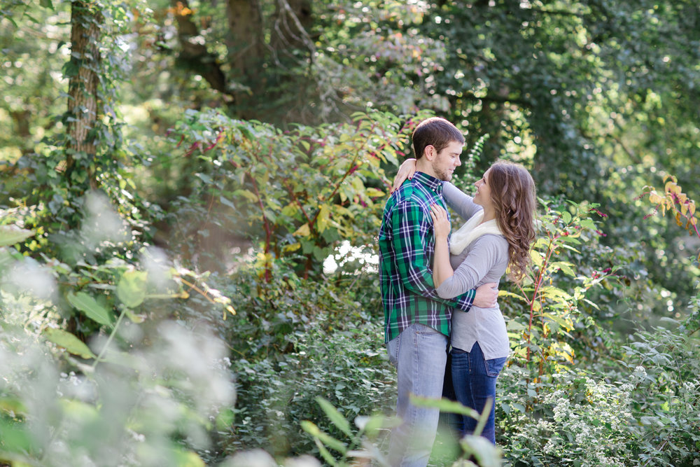 Valley Forge National Park Philly Scranton PA Fall Engagement Session Photos_JDP-6.jpg