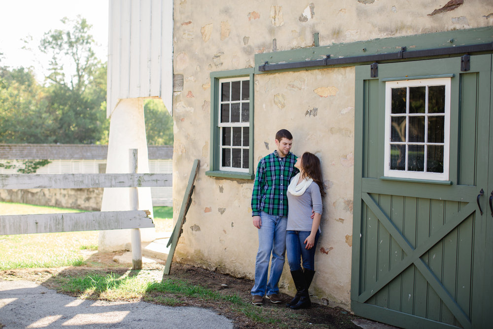 Valley Forge National Park Philly Scranton PA Fall Engagement Session Photos_JDP-20.jpg
