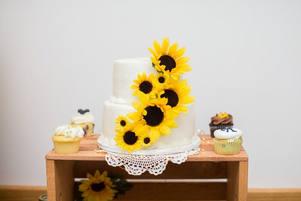 Scranton PA Wedding Photographers Sunflower Wedding Photos_0123.jpg