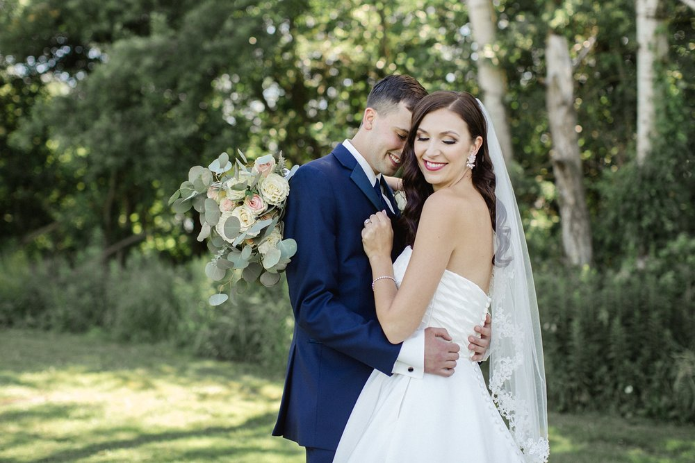 Lindsey + Ryan | A Montdale Country Club Wedding