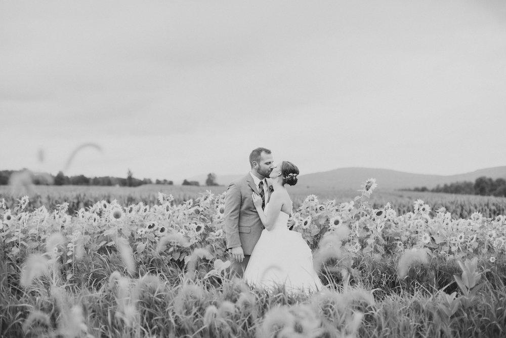 Farm at Cottrell Lake Fall Wedding_0148.jpg