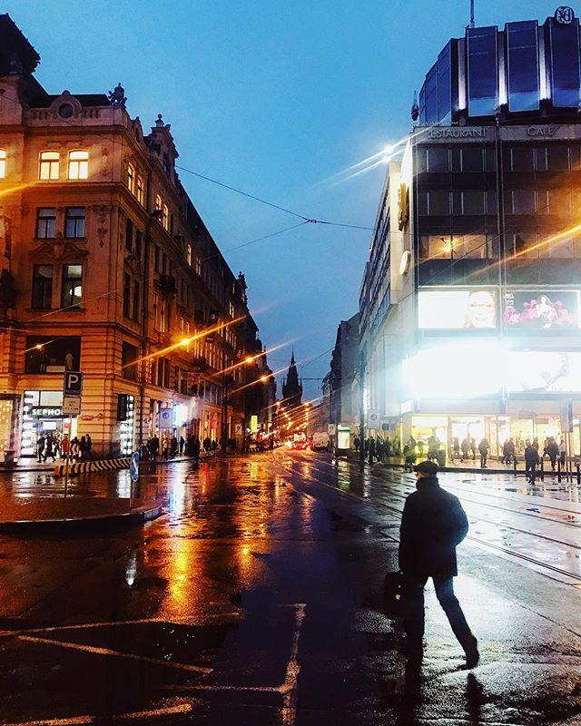 Rainy day today.💧 - #prague #praguestagram #praguestagirl #praguegirl #prag #praga #praha #czech #czechrepublic #czechgirl #czechboy #iglifecz #igerscz #igraczech #view #rain #architecture #architecturelovers #beautiful #beautifuldestinations #rainy #streetphotography #vsco #vscocam #travel #travelgram #travelstagram #instatravel #pragueworld