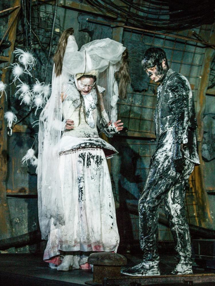 HAMLET  Regie  -Thorleifur Örn Arnarsson   Dramaturgy- Judith Gerstenberg Judith Gerstenberg