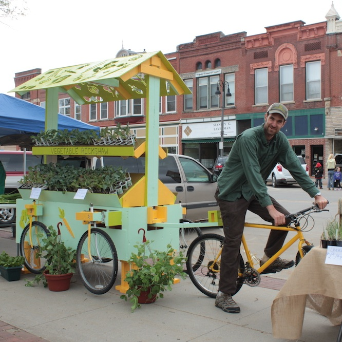 Vegetable Rickshaw 2013 - Designed for Middle Way Farm, this bike-pedaled cart was intended for use delivering CSA shares and selling produce at the farmers market. Unfortunately, the rickshaw was, in the end, too heavy for functional use.