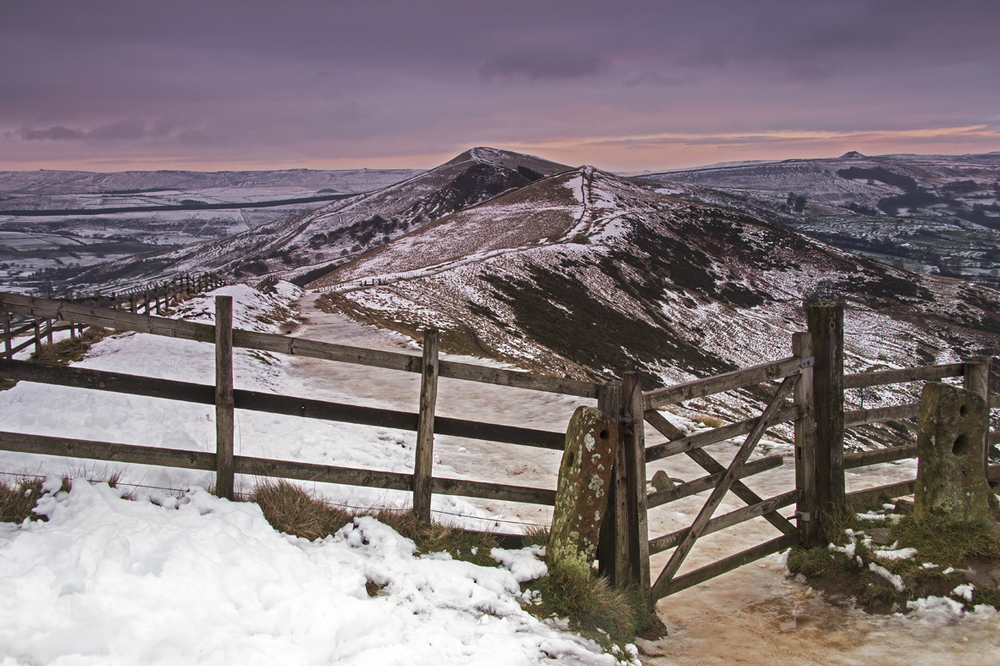 Mam Tor - path along the ridge