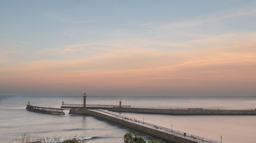 Final light at Whitby piers