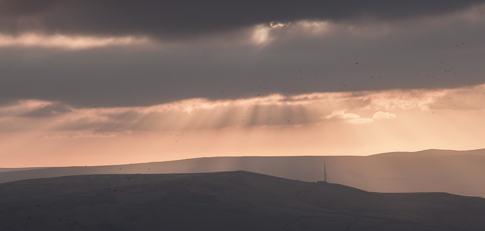 Sunbeams at Higger Tor