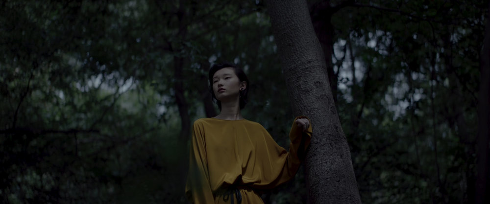 玛丝菲尔-Nowness HD 1080p.00_00_39_06.Still012.jpg