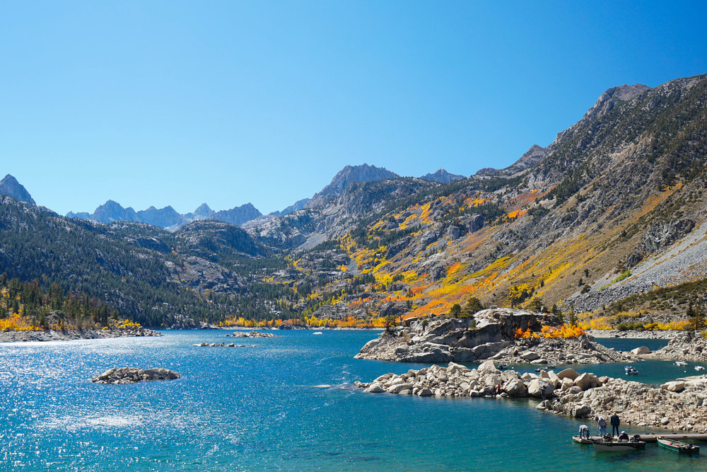 Who says California doesn't have seasons? We come upon a Fall Spectacular at our 1st lake of the day.