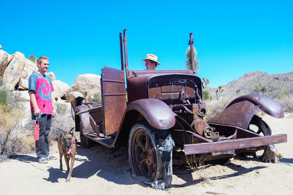 Howdy Partner. Need a lift?
