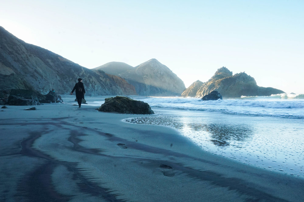 The purple sand, intricately carved rock & soft morning light created one of the raddest hikes.