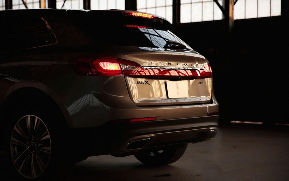 Lincoln-MKX-Rear-Sunset-1280x803.jpg