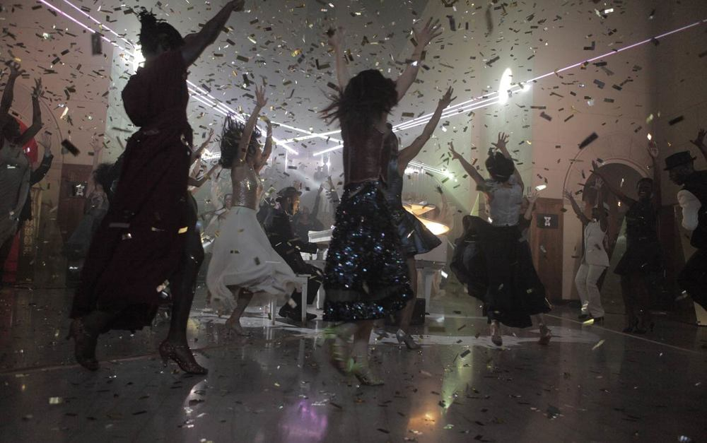 confetti-sir-ryan-heffington-dance-technique.jpg
