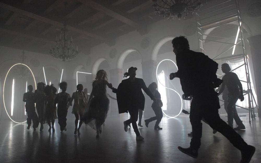 running-dance-sir-ryan-heffington-love-is-the-answer.jpg