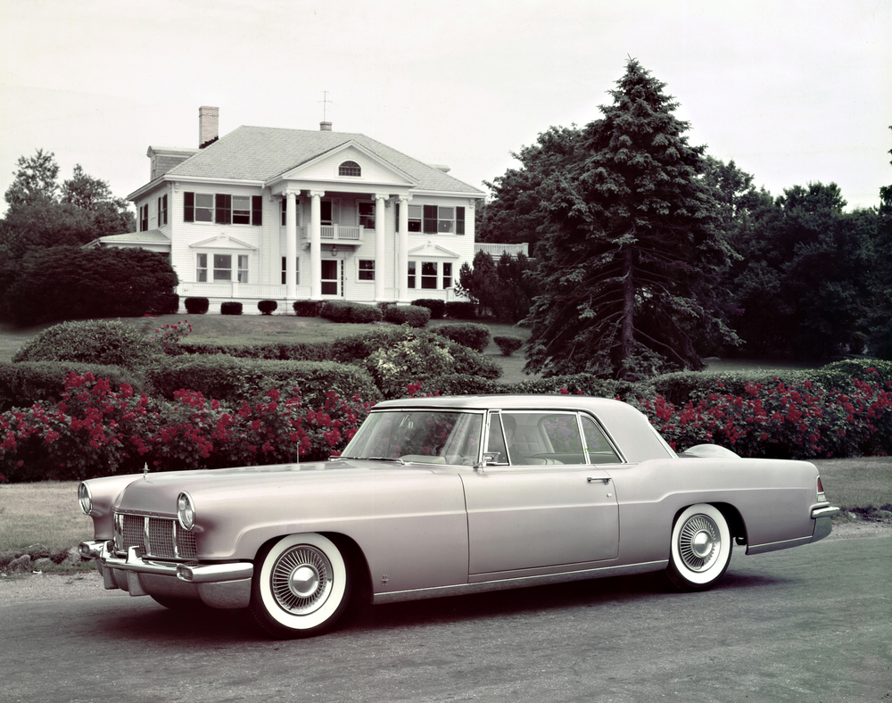 04 56 Continental Mark II.jpg