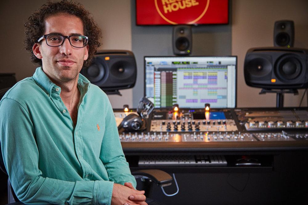 The Record House . kajbfkabflkjanfljab -