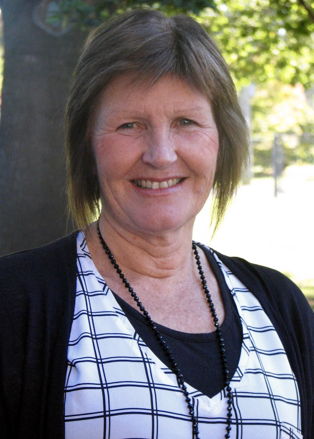 Linda Wallis - Deputy Principal and Year 5/6 teacher